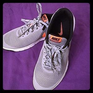 Brand New Women Nike Running Sneakers Size 8